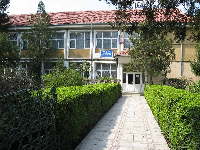 scoala[1]